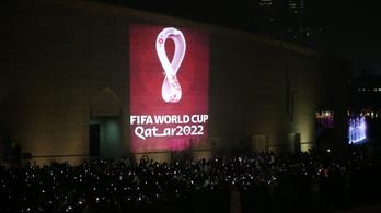 Katar meggátolhatja oltatlan futballisták szereplését a világbajnokságon