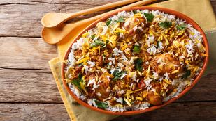 Ha már unod a csirke-rizs kombót, próbáld ki ezt a klassz csirkebiryanit!
