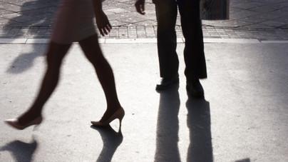 Minden harmadik férfi füttyög nőkre az utcán. Miért csinálják?