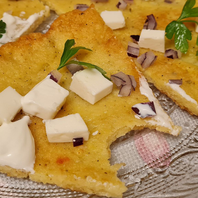 Ropogós, fűszeres röszti egyben sütve: sütőben, olaj nélkül készül