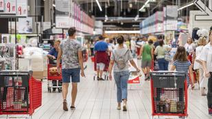 Magyar kézbe kerülhet a francia hipermarket