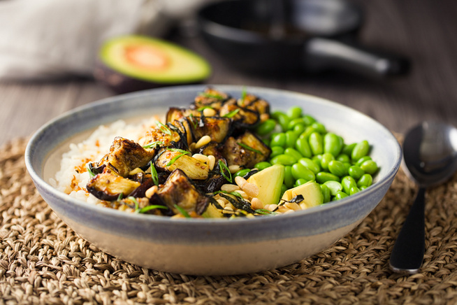 Aszalt paradicsommal, párolt zöldségekkel és rizzsel főfogásként is tökéletes.