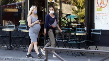Hatszoros kockázattal kerültek intenzívre a gyermeket váró fertőzött nők