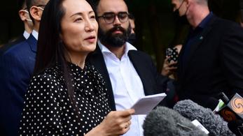 Vége a botránynak, Kanada elengedte a csalással vádolt Huawei-vezért