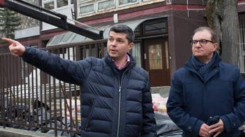 A zuglói szocialista alpolgármester inkább kizáratná Hadházy Ákost az előválasztásból