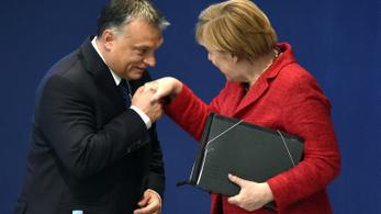 Sokat köszönhet Orbán Viktor Angela Merkelnek