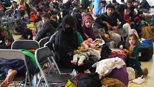 Publicus Intézet: a fideszesek 23 százaléka visszatoloncolná a tálibok elől menekülő afgánokat