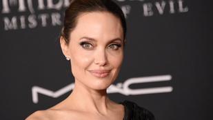 Egyre több jel utal arra, hogy Angelina Jolie-ra újra rátalált a szerelem