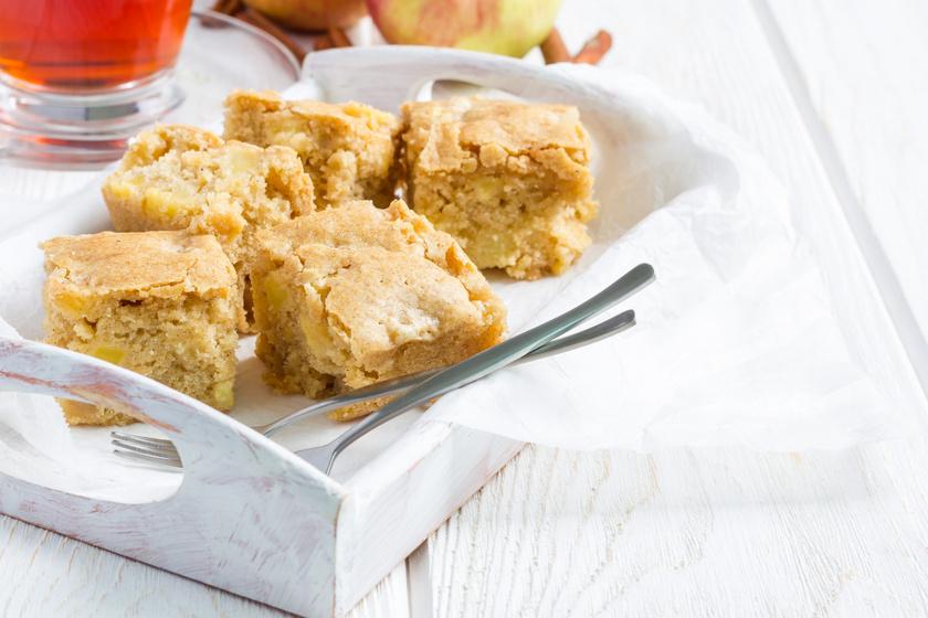 Régimódi kavart almás süti: fantasztikusan puha és szaftos