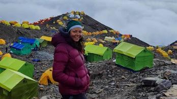 A panel lépcsőházában edzve küzdötte fel magát a Himalájára a magyar jetilány