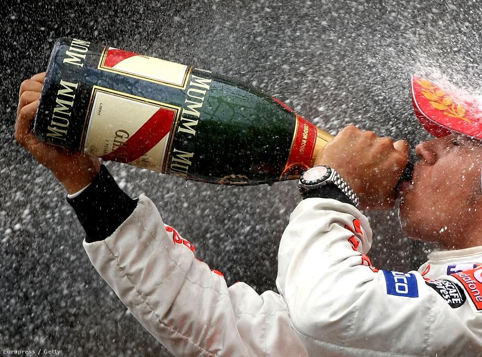 Lewis Hamilton élete első győzelmét ünnepli 2007-ben, Montrealban a Kanadai GP-n. Másfél évvel később, mindössze második F1-szezonjában máris világbajnok lett, ismételnie viszont még nem sikerült.