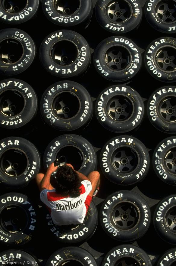 A Goodyear évtizedeken át szállított a Forma-1-nek. Egy kép az 1992-es mexikói futamról.