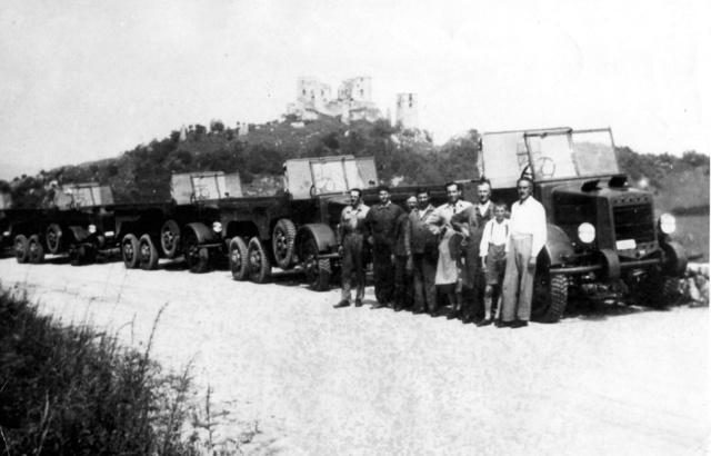 Átadás előtti próbaúton a Botondok 1940 nyarán (Fotó: Collection Burányi)
