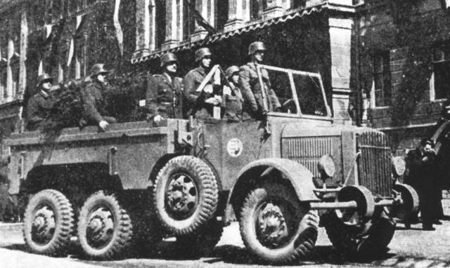 A Botond 1948-ban a demokratikus magyar hadseregben is rendszeresítve volt                              (Haditechnikai Szemle, 1976)