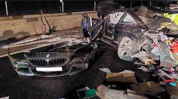 Fel nem használt előválasztási szavazólapok szóródtak szét az M3-ason történt balesetben