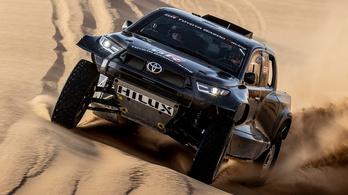Már tesztelik a jövő évi Dakar-Toyotát