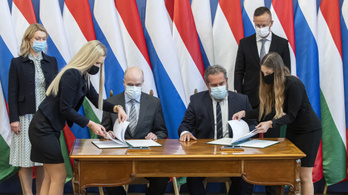 Szijjártó Péter bekérette az ukrán nagykövetet