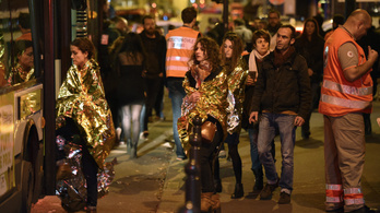 A túlélők meghallgatásával folytatódik a párizsi terrorper