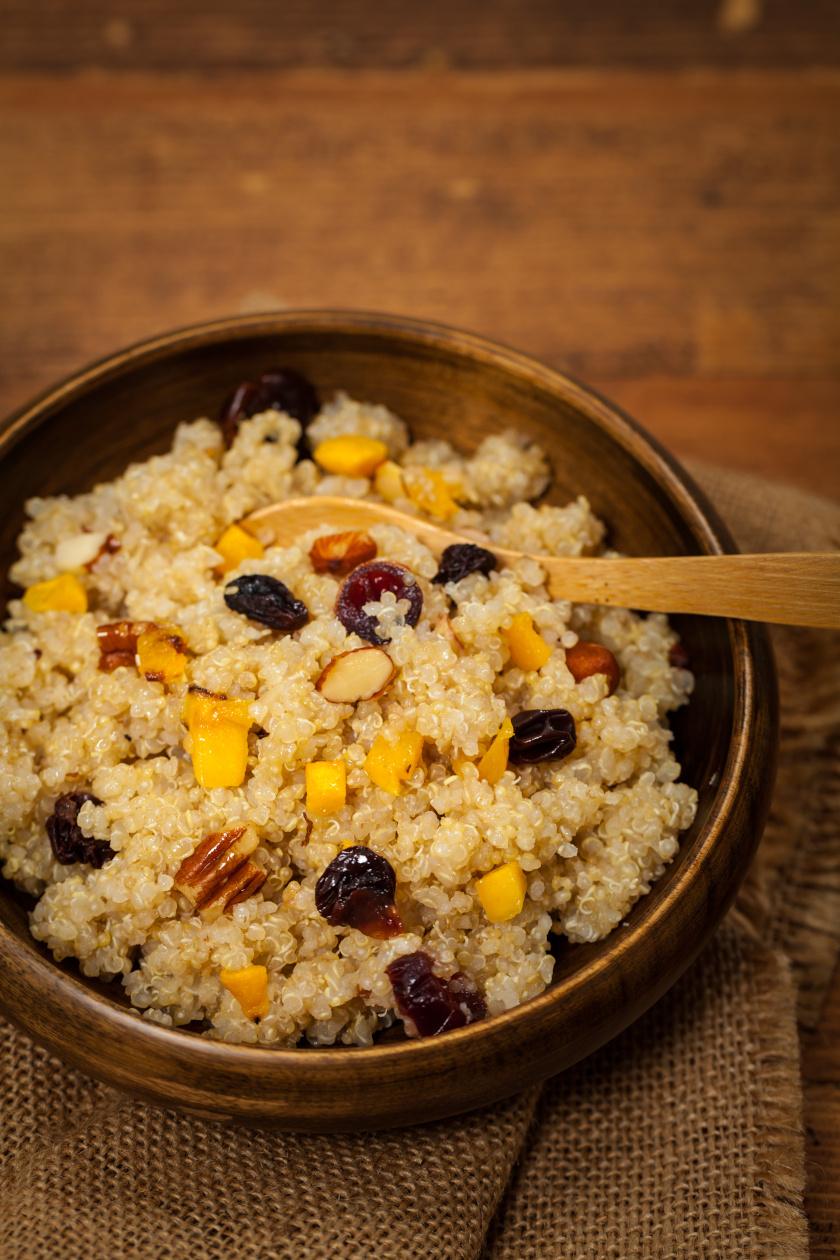 quinoa kása sütőtökkel álló