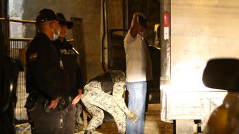 A rabok rendőrökkel csaptak össze egy ecuadori börtönben
