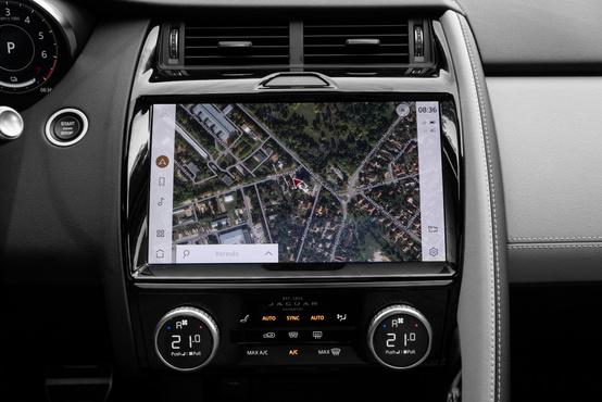 Térkép helyett műholdképet is kérhetünk a navigációtól