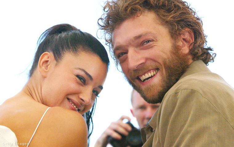 Aztán mindenkit meglepett, amikor 2013 augusztusában Bellucci bejelentette, hogy 14 év házasság után elhagyta Casselt