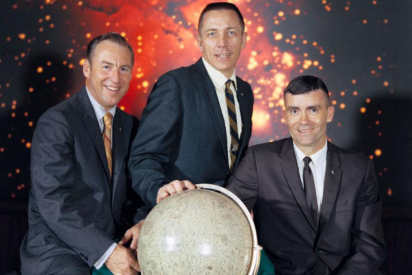 A legénység: James A. Lovell Jr., John L. Swigert Jr., és Fred W. Haise.