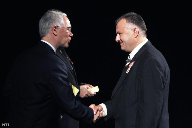 Balogh Zoltán Táncsics-díjat adott át Szaniszló Ferencnek