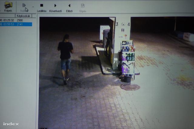 Térfigyelő kamera felvétele a gyilkosság éjszakájáról
