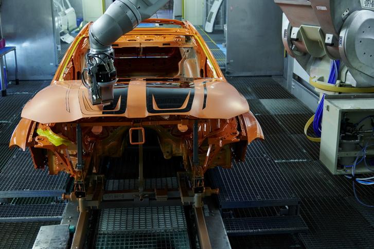 2022-BMW-M4-EcoPaintJet-Pro-process-8