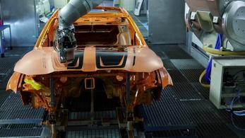 Új eljárással festhetők könnyen bármilyenre a BMW-k