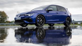 Bemutató: Volkswagen Golf R 2.0 TSI DSG 4motion - 2021.