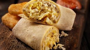 Reggeli burrito burgonyával és tojással – maradékmentésre tökéletes