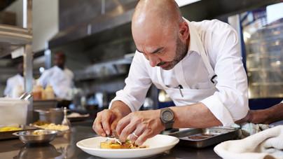 Tudod, mi a jus, a meringe vagy épp a blansírozás? Kvíz konyhai szakkifejezésekből