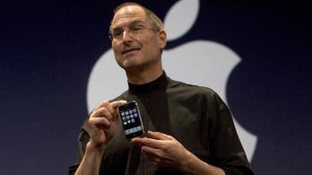 Steve Jobs elhajította az eredeti iPhone-t