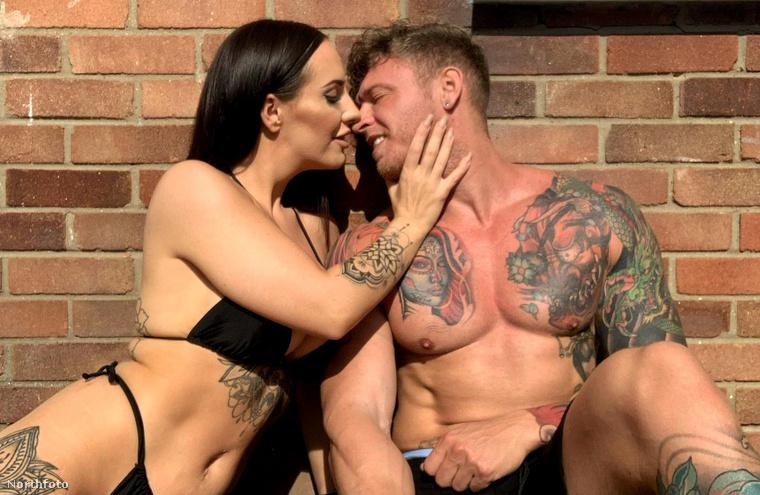 A 32 éves Jess Miller, és nála egy évvel idősebb férje, Mike, 9 éve voltak együtt, amikor eldöntötték, hogy újjáélesztik kapcsolatukban a szikrát, és kamerára veszik együttléteiket
