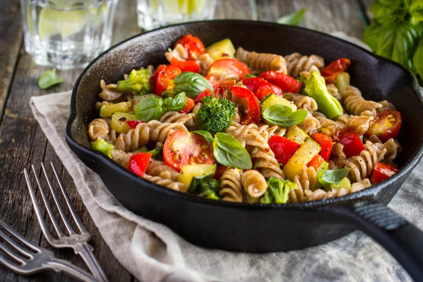 Mit egyél este, ha fogyni akarsz? 7+1 étel, ami finom, laktat, és egészséges