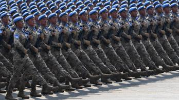 Négy éven belül lerohanhatja Tajvant Kína