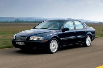 Robbanó légzsákokat hív vissza a Volvo