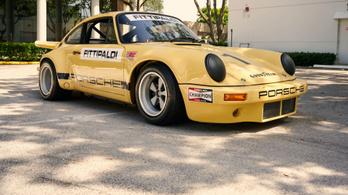 Fittipaldi után Escobar hajtotta a 911-es Porschét