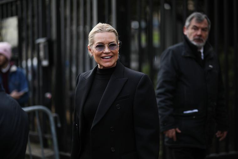 Gigi Hadid édesanyja, Yolanda Hadid a Real Housewives of Beverly Hills című valóságshow egyik epizódjában távolíttatta el implantátumait, miután Sharon Osbourne-hoz hasonlóan a szilikon az ő testébe is elkezdett szivárogni.
