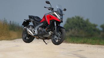 Teszt: Honda NC750X DCT - 2021.