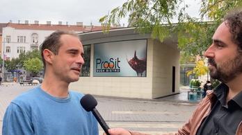 Kovács Gergely: Fontos lenne, hogy a parlamentben is a migránsok vegyék át az irányítást