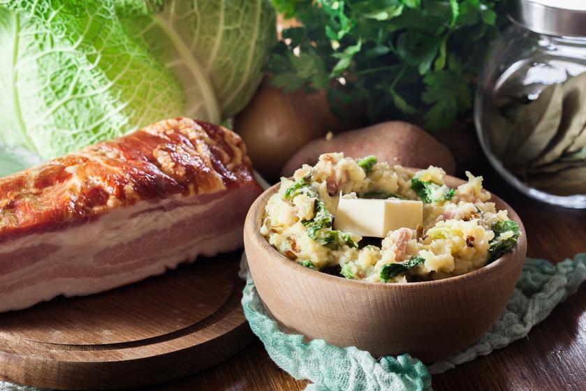 Szalonna és kelkáposzta gazdagítja az ír krumplipürét: a gazdag köret magában is laktató
