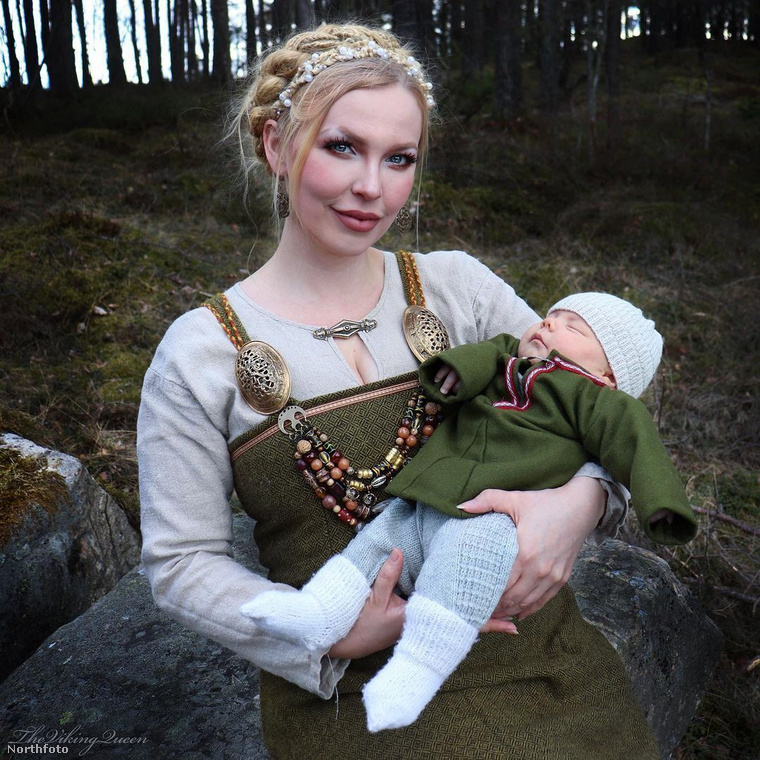 Geirsdottir idén adott életet első gyermekének, Tyrnek