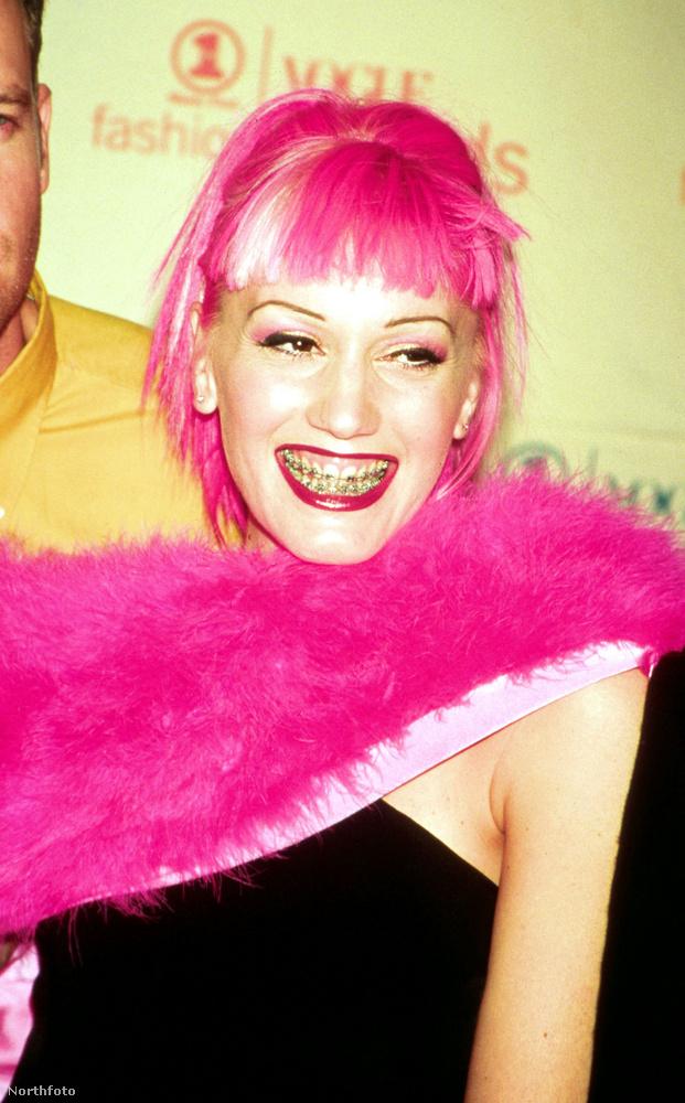 Nem ismerte fel, ki látható ezen a képen? Segítünk! Ő itt Gwen Stefani, szintén 1999-ben.