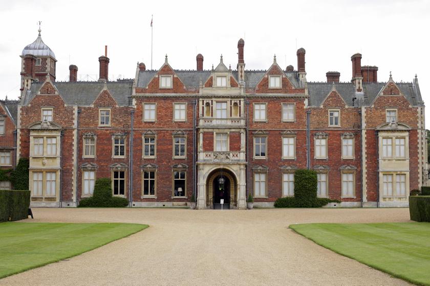 Így néz ki kívülről a királynő sandringhami otthona.