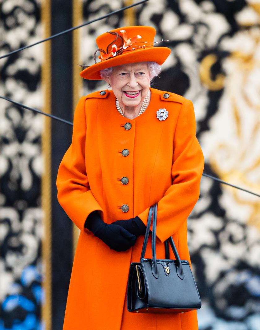 Aki Erzsébet királynőnek akar dolgozni, nagyon alapos és figyelmes embernek kell lennie.