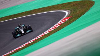 Lewis Hamilton uralta a pénteki napot, de szombaton rajtbüntetést kap