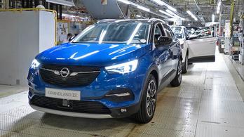 Két német gyárat venne el az Opeltől a Stellantis